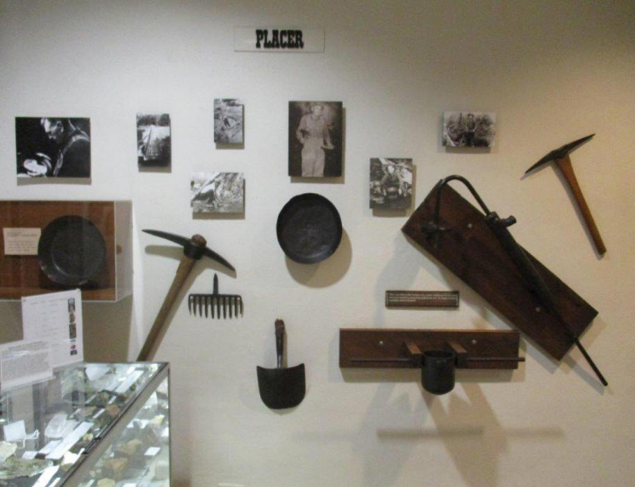 tools used in gold mining in nuseum in Dahlonega, GA