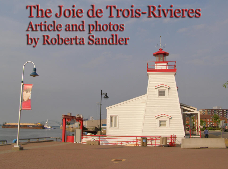 Trois Rivieres in Canada header with sea and lighthouse in background