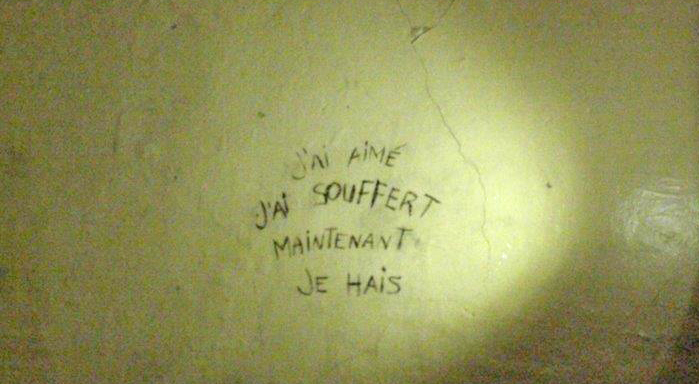 A message on the wall of a cell at Vieille Prison (in Trois Rivieres)