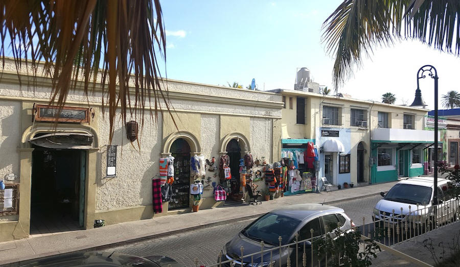 Craft shops on Mission square  at Los Cabos, Mexico