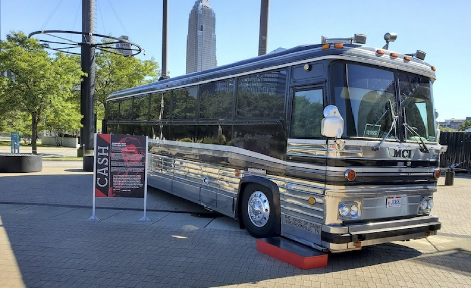 Johnny Cash bus at Cleveland Rock and Roll Hall of Fame