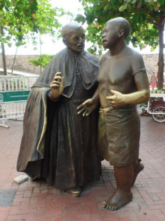 Full view of peter_and_slave sculpture in Cartagenga, Colombia