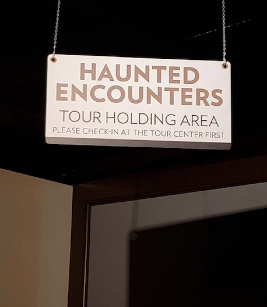 sign for haunted encounters on queen mary
