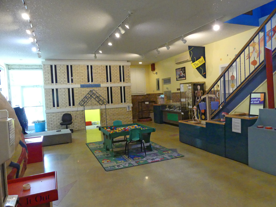 Inside the Neuse Nature Center