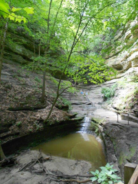waterfall flowing down canyon at Starved Rock State Park