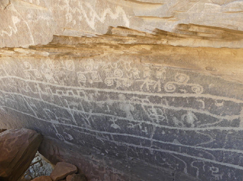 Petryglyphs in Canyon of the Ancients