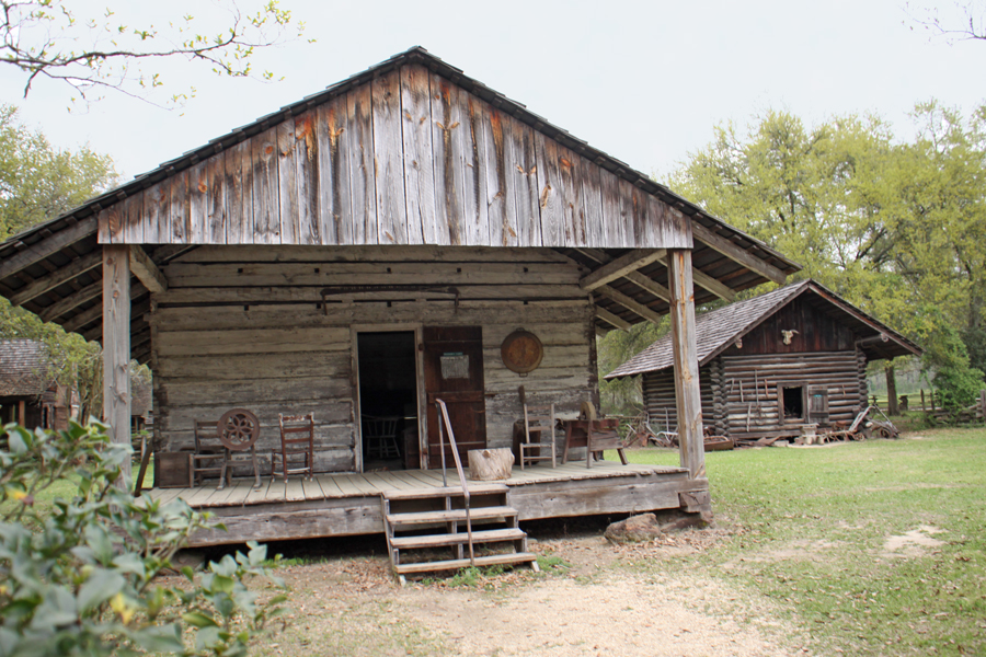 settler's cabin at Rural Life Museum in 'baton Rouge, LA