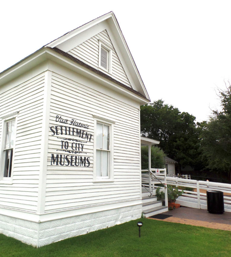 Settlement to City Museums in Grapevine , Texas